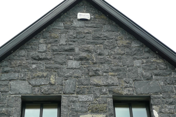 Limestone.Cladding.house9
